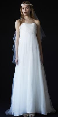 THE SURREY - ザ・サリィ | チュールをあしらった、エンパイア型ドレス。(2015/07/13)