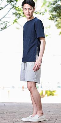 ADAM ET ROPÉ HOMME - アダム エ ロペ オム | サイドのジップ使いがさりげないアクセントになるTシャツ。(2016/05/26)
