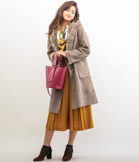 ROPÉ - ロペ | フェイクを超えたクオリティのムートンコートは、色を使って着こなして(2016/10/20)