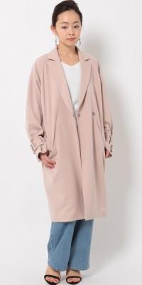 ROPÉ mademoiselle - ロペ マドモアゼル   カジュアル系コートもニュアンスカラーで上品な印象に(2017/02/17)