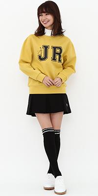 JUN&ROPÉ - ジュン アンド ロペ | カレッジスタイルのロゴで大人ガーリースポーツコーデ(2017/10/25)