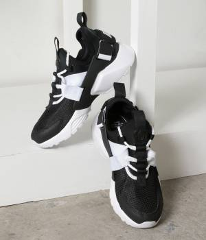 NERGY - ナージー   【Nike】Air Huarache City LOW shoes