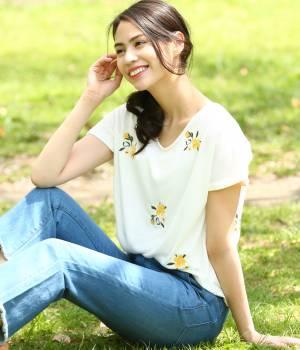 ViS - ビス | 【WEB限定カラー】【2WAY】フラワー刺繍Tシャツ