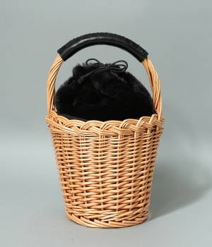 ViS - ビス | 【先行予約】フェイクファー巾着付きバスケット