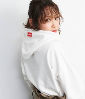 ViS - ビス | 【ViS×高橋愛】visdesuロゴショートパーカー