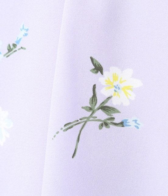 ビス | フレンチスリーブ飛び花柄ノーカラーブラウス - 6