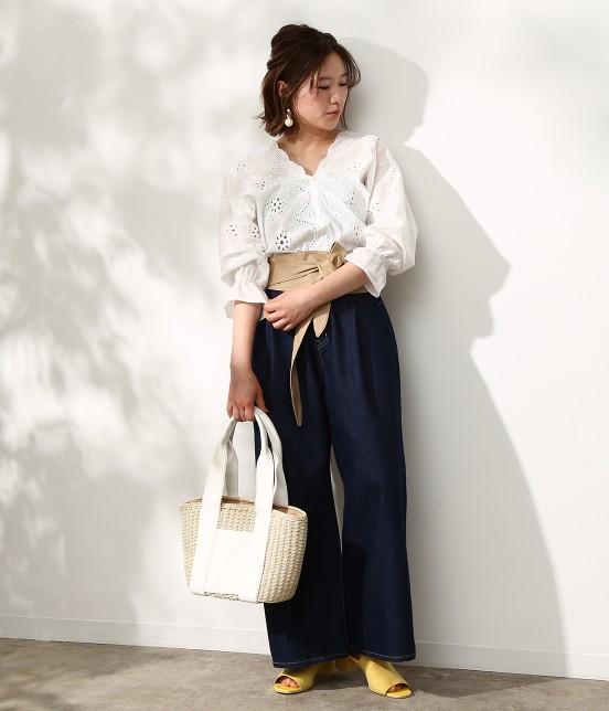 ビス   【WEB限定カラー】パンチングレースボリューム袖ブラウス - 18