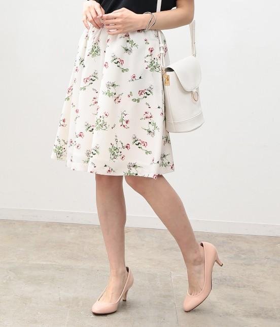 ビス | にじみフラワーギャザースカート | ホワイト