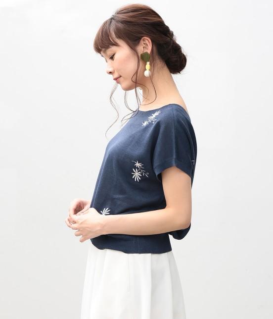 ビス | 【sweet4月号掲載】【sweet×ViSコラボ】フラワー刺繍フレンチスリーブプルオーバー - 1