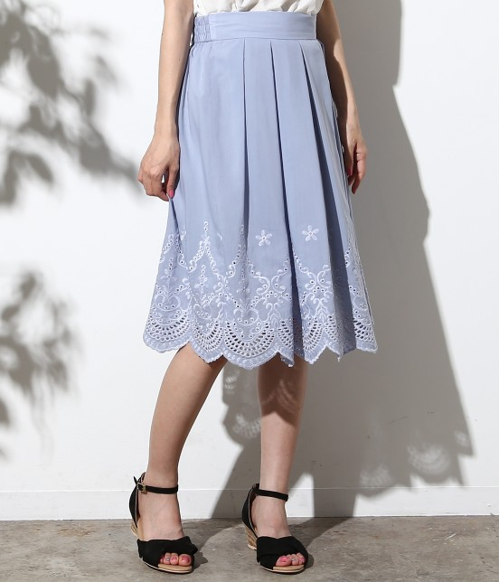 ロペピクニック   スカラップ刺繍スカート   サックス