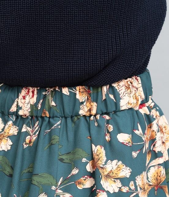 ビス | ピーチ起毛タックフレアースカート - 3
