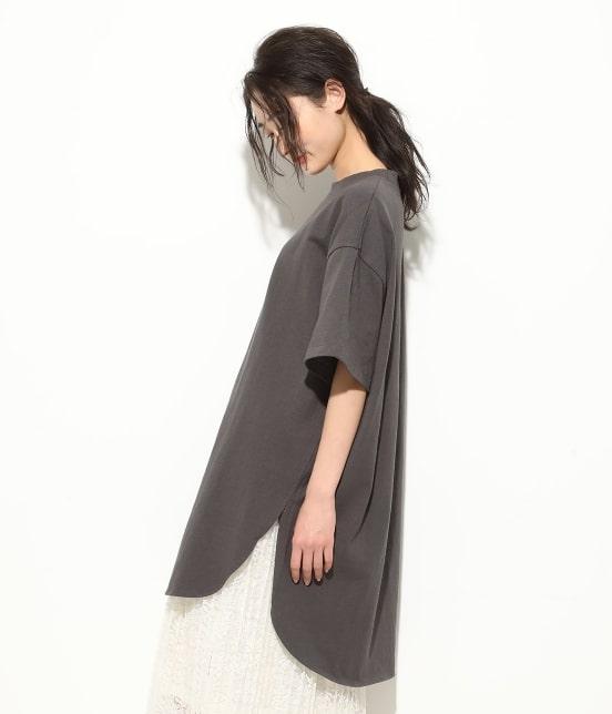 ビス   【WEB限定】半袖スリット入りTシャツ - 1